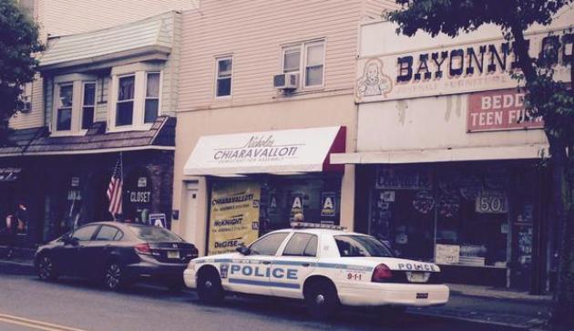 WNY cop - Bayonne