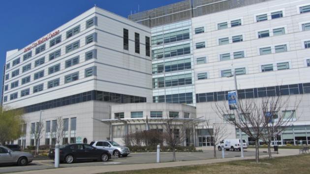 Jersey City Medical Center. Photo via panoramio.com