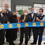 Weehawken officials celebrate new Lidl supermarket grand opening on Park Avenue